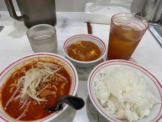 蒙古タンメン中本 - 朝からセットA+ウーロン茶(北極590円+APPクーポン)