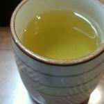 味憩い 甲南そば - お茶。そば茶ではありません。