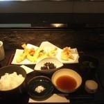 14920598 - 上天ぷら定食 1600円・・・