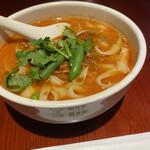 刀削麺・火鍋・西安料理 XI'AN - 刀削麺。パクチーいり。