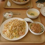 中華レストラン 庸園 - 料理写真:選べる炒飯セット  ( エビとレタスの炒飯 )