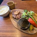 梅田肉料理 きゅうろく - きゅうろく 特選 黒毛和牛ステーキランチ(100g)