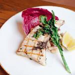 IVY PLACE - ハーブでマリネしたメカジキと季節野菜のグリル 白いんげん豆と枝豆のサラダ