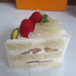 14923558 - 桃のショートケーキ