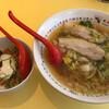 Doutombori kamukura - 料理写真:おいしいラーメン650円&そぼろ丼セット300円