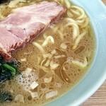 奥津家 - ライトだけど旨味のあるスープ。