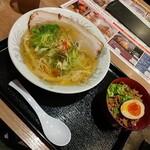 麺屋 ひしお - 料理写真: