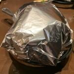 149271624 - ホイル包みのハンバーグ