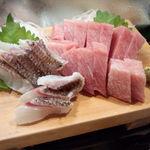 かわなみ鮨 - 真鯛湯引き、大トロ(2012/9)