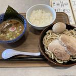 白楽 栗山製麺 - 料理写真:特製つけ麺 ライス