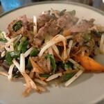 たかせ - 料理写真:レバイタメ700円税込、量が少ない。すぐに食べ終わってしまう。味も特筆するところなし。