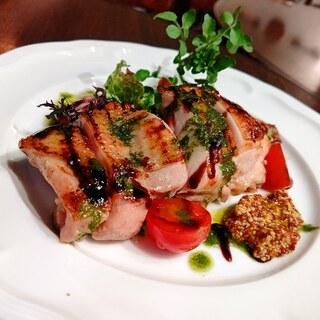 『肉×ワイン』泡・赤・白・ロゼグラスで楽しめる14種!