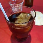 オステリア・バッカーノ - 食後はアイスコーヒーを。