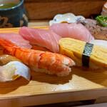 魚八寿し - 並寿し 1760円。