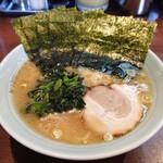 金八家 - ラーメン+海苔増