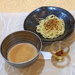 トゥ・ラ・ジョア - 坦々つけ麺