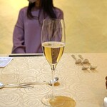 トゥ・ラ・ジョア - Champagne Expregsson de Terroirs 2011 T.L.Vergnon ExtraBrut Blanc de Blancs Grand Cru