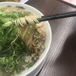 来来亭 - 中細麺