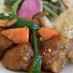 自然野菜レストラン 駒込 ナーリッシュ - お肉みたいな大豆ミート