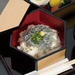 和食 花の茶屋 - 桃山御膳(生しらす)