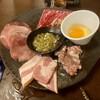 肉屋の炭火焼肉 和平 - 料理写真:牛タン塩、ドルチェポルコベーコン、炙りカルビ、豚ガリ