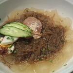 韓太郎 - 韓国冷麺 780円