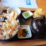 14935949 - 鯵とイカの二色丼