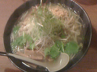 麺屋 花蔵 - 鶏ごぼうラーメン(塩)大盛880円