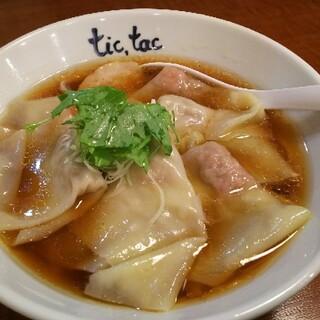 チックタック - 料理写真:らーめん(780円)+ワンタン5個(200円)