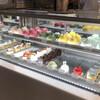 フジフランス - 料理写真:店内(上段はモンブラン)