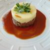 コートロティ - 料理写真:メインの肉料理 ほろほろに柔らかい牛肉の上にマッシュポテト