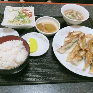珍龍 - 料理写真:餃子定食