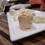 びすとろ酒場 サンビーノ - 2012.09今日のチーズの盛り合わせ