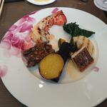 149370141 - (Main Dish)オマール海老と特選和牛のグリル、鯛のポワレ