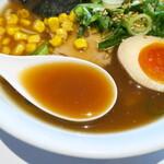 究極ジェイズラーメン - スープ