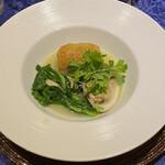 149378989 - 鮃、蛤、牡蠣の蛤スープ仕立て