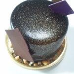 フランフラン ルパティシエウエムラ - チョコのケーキ
