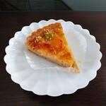 麦波ベーカリー - 料理写真:季節のタルト(甘夏)