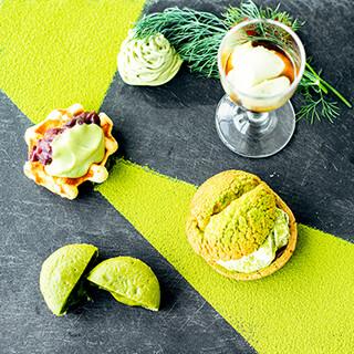 抹茶と季節のフルーツのアフタヌーンティースタート