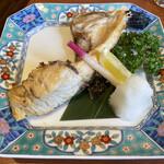 江戸前 びっくり寿司 - カマ塩