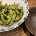 麺店 やす八 - 料理写真:焼き枝豆
