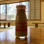 尖石温泉縄文の湯 お食事処 - ドリンク写真:・コーヒー牛乳 110円/税込