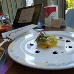 ビュッフェ&カフェレストラン ナイト&デイ - 甘鯛のクロッカン バルサミコとオランデーズソース