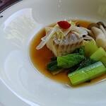 ビュッフェ&カフェレストラン ナイト&デイ - 白身魚の蒸し物 魚醤油仕立て