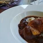 ビュッフェ&カフェレストラン ナイト&デイ - 牛肉のラグー 茸のフリカッセ チーズの軽いグラチネ