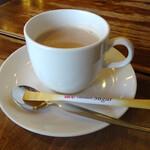 喫茶チロル - カフェオーレ380円