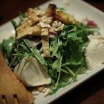 炭屋 串兵衛 - 寄せ豆腐のサラダ