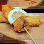 龍馬 - 秋刀魚の串カツ¥180