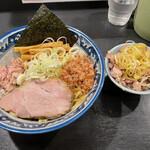 兎に角 - 料理写真:油そば 普通麺   ミニチャーシュー丼