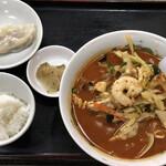 新雪園 - 辛口チャンポン麺セット 800円